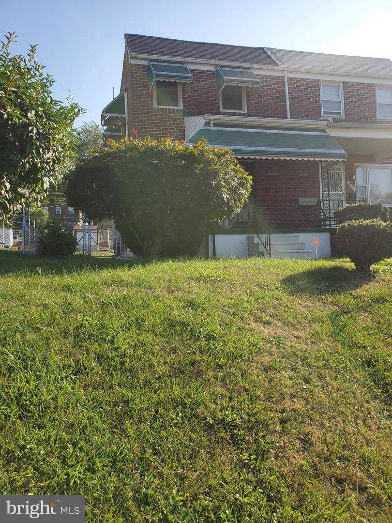 5613 Belleville Avenue - Photo 1