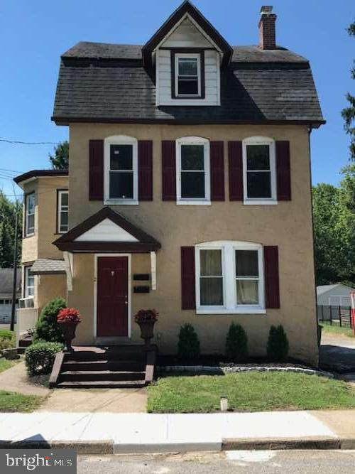 202 Walnut Street, MONT CLARE, PA 19453 (#PAMC657916) :: ExecuHome Realty