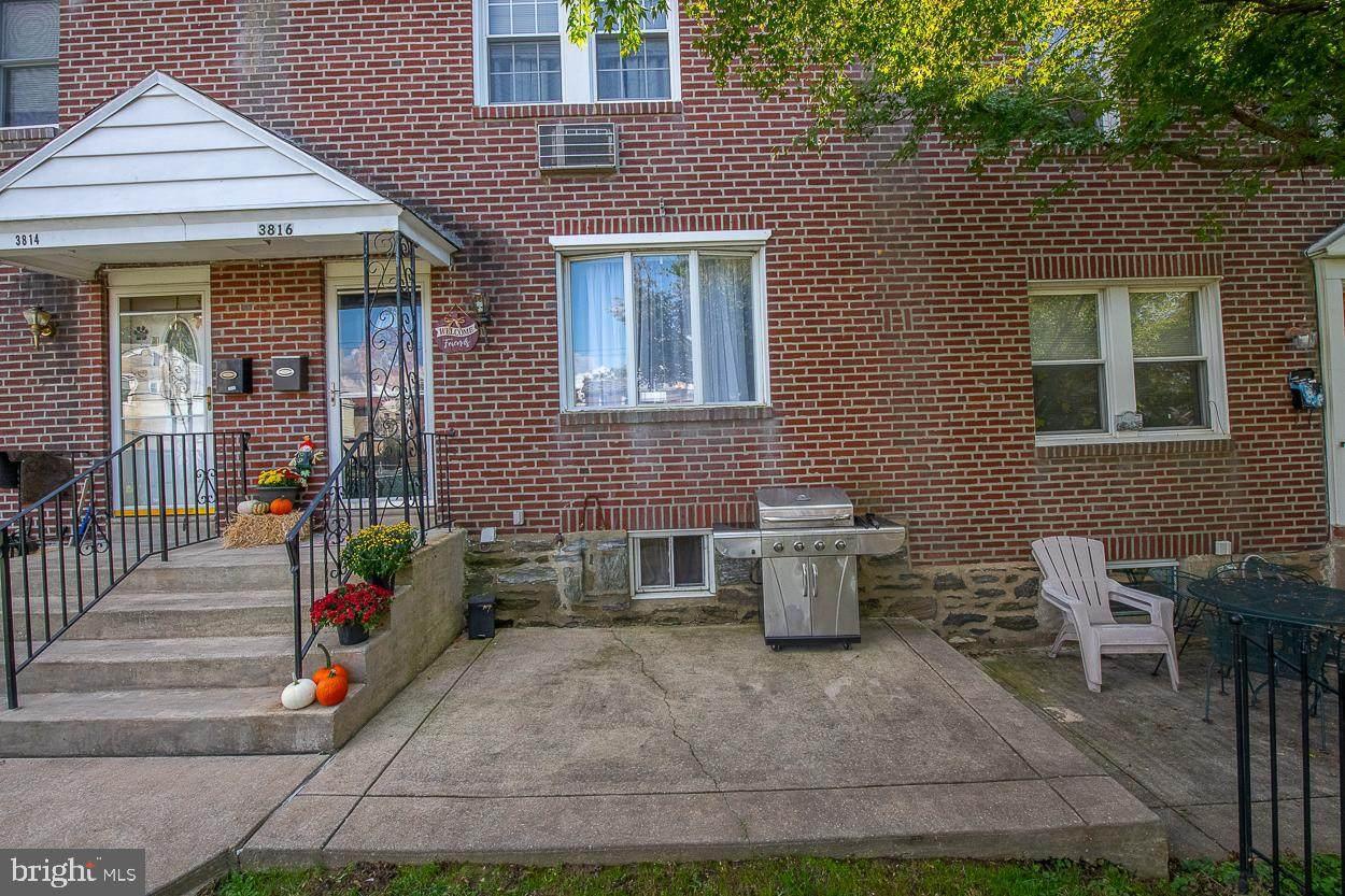 3816 Plumstead Avenue - Photo 1