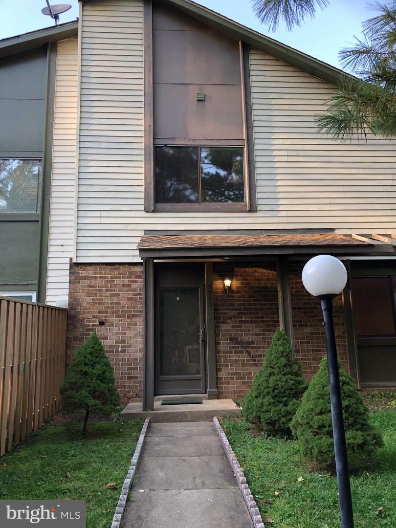 5733 Nordeen Oak Court - Photo 1