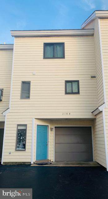 3188 East Ocean View Avenue #18, NORFOLK, VA 23518 (#VANF100050) :: The Piano Home Group
