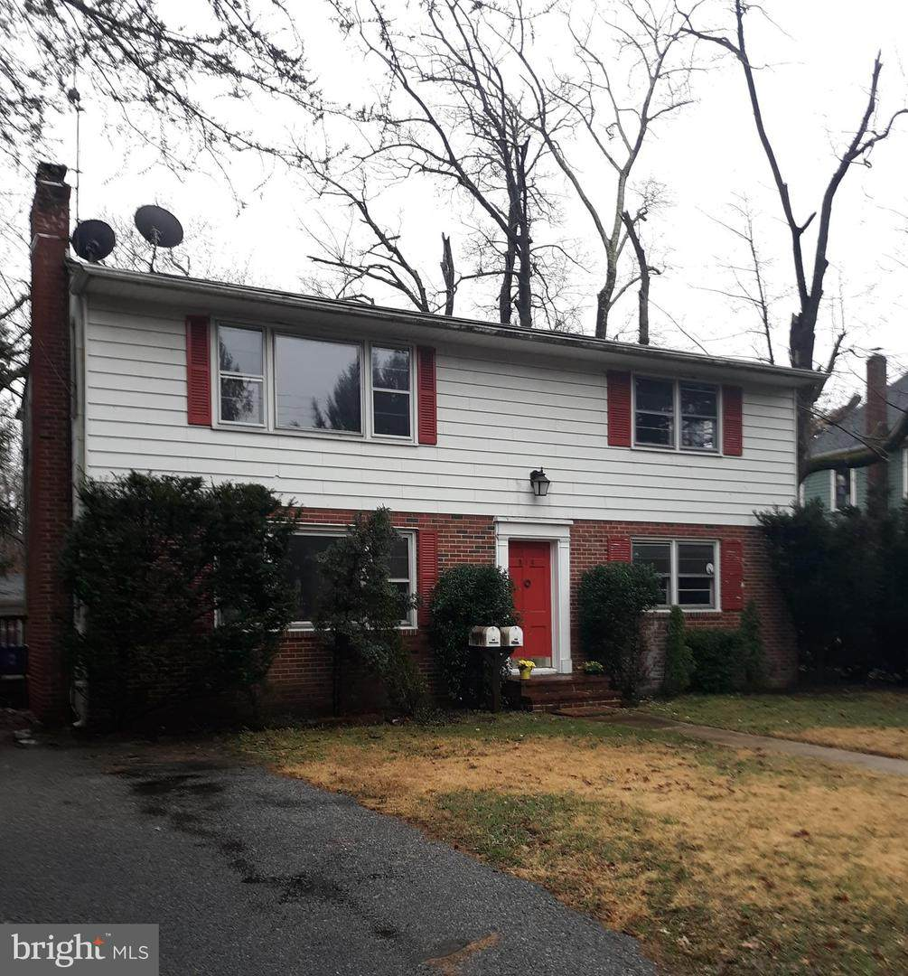 819 Lakeview Avenue - Photo 1