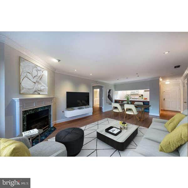 1050 N Stuart Street #504, ARLINGTON, VA 22201 (#VAAR181070) :: Tom & Cindy and Associates