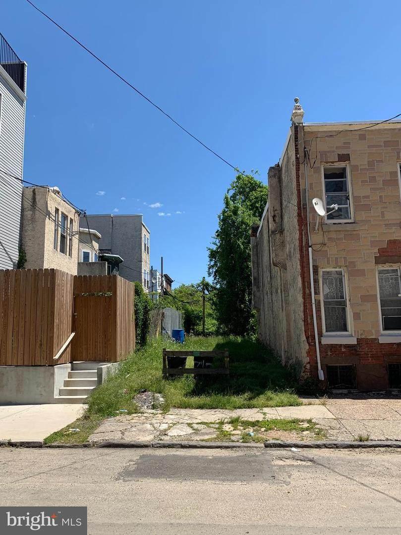 741 Preston Street - Photo 1