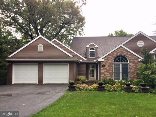 8351 Morningstar Lane #4, WAYNESBORO, PA 17268 (#1000488066) :: Benchmark Real Estate Team of KW Keystone Realty