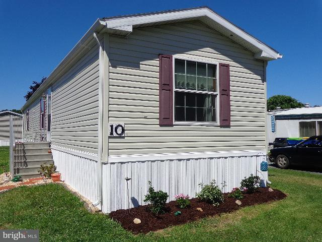 10 Colonial Lane, REHOBOTH BEACH, DE 19971 (#1001571996) :: The Windrow Group