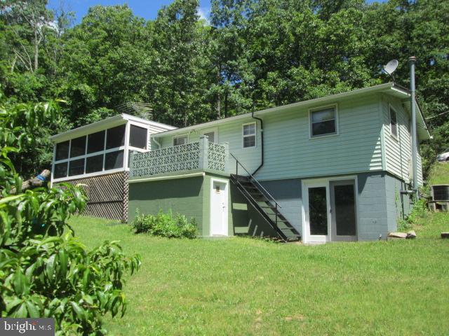 118 Shortys Place, LURAY, VA 22835 (#VAPA100010) :: Arlington Realty, Inc.