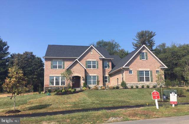 10241 Forest Lake Drive, GREAT FALLS, VA 22066 (#VAFX1053420) :: Tom & Cindy and Associates
