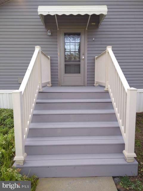 27 Daryl Lane, NEW HOLLAND, PA 17557 (#PALA133208) :: The Joy Daniels Real Estate Group