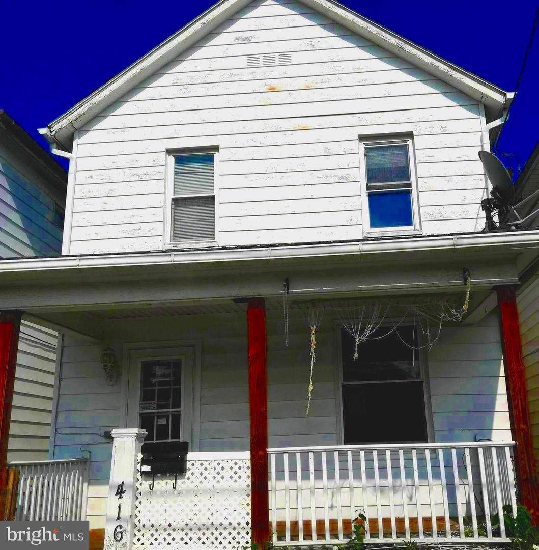 416 Seymour Street - Photo 1