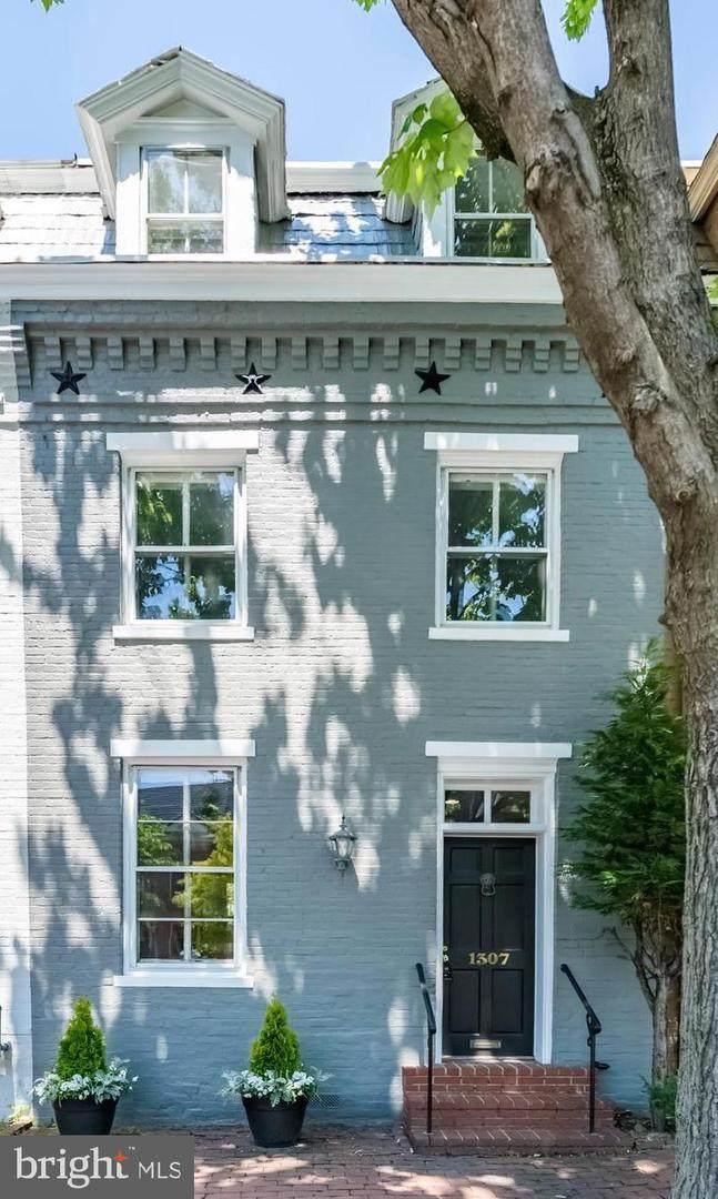 1307 Duke Street - Photo 1