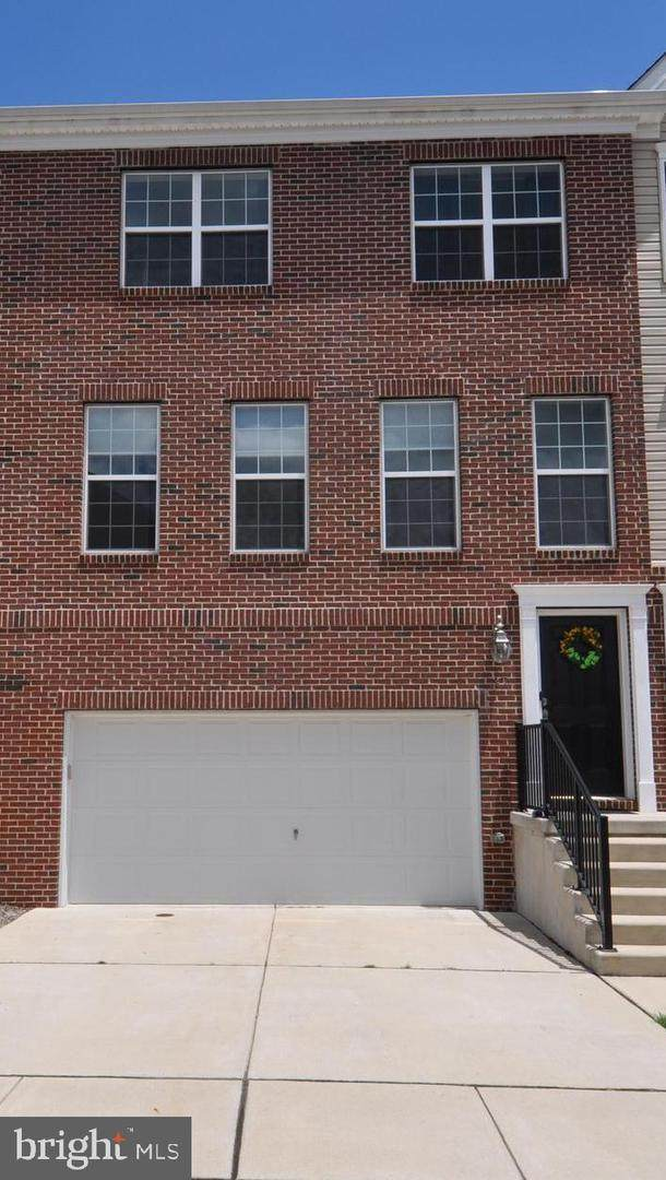 37 Riverwalk Boulevard, BURLINGTON, NJ 08016 (#NJBL372420) :: Larson Fine Properties