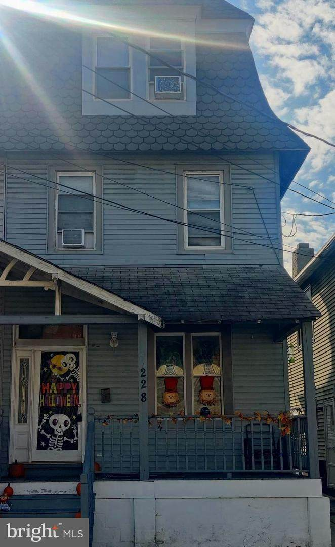 228 Cumberland Street - Photo 1