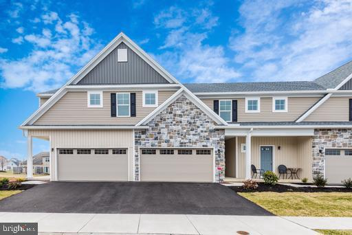 6117 Terry Davis Court, HARRISBURG, PA 17111 (#1001819640) :: Teampete Realty Services, Inc