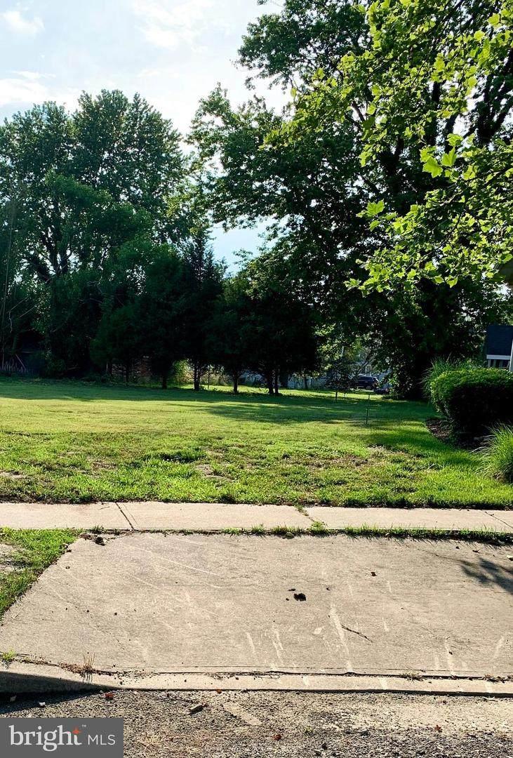 327 Walnut Hill Drive - Photo 1