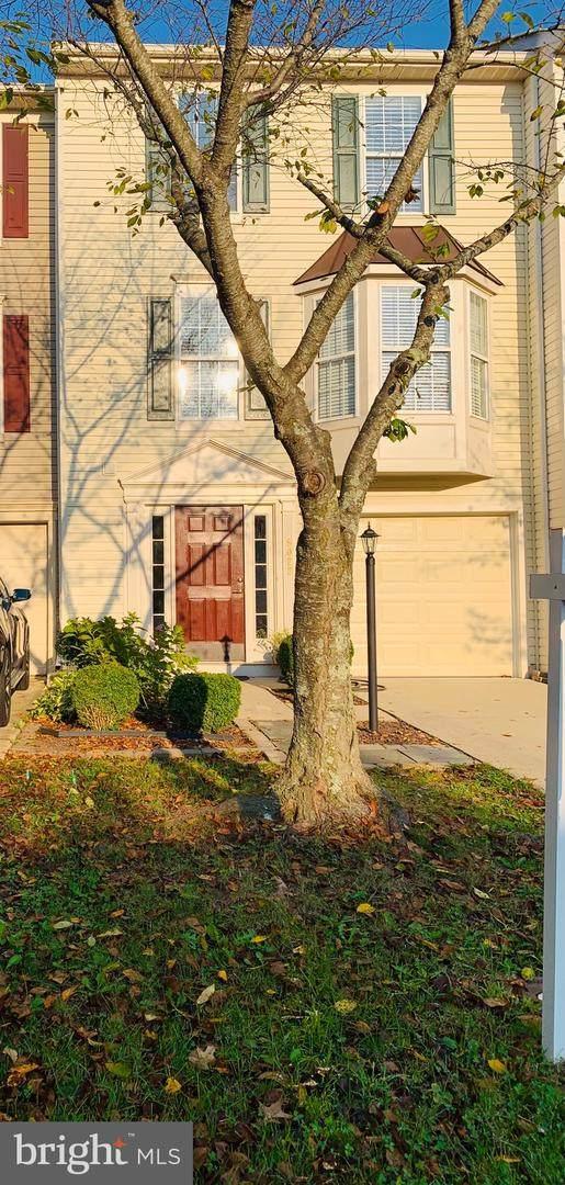 9022 Falcon Glen Court, BRISTOW, VA 20136 (#VAPW2003258) :: SURE Sales Group