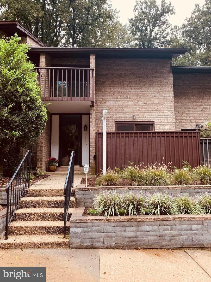 9205 Three Oaks Drive - Photo 1