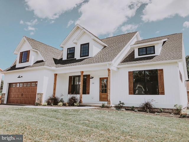 150 Winona Drive, HANOVER, PA 17331 (#1000284064) :: Benchmark Real Estate Team of KW Keystone Realty