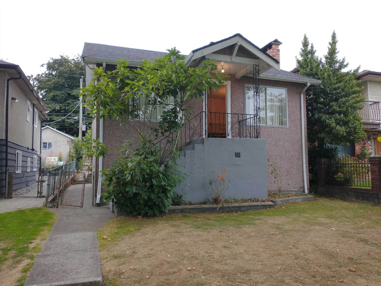 2640 Napier Street - Photo 1
