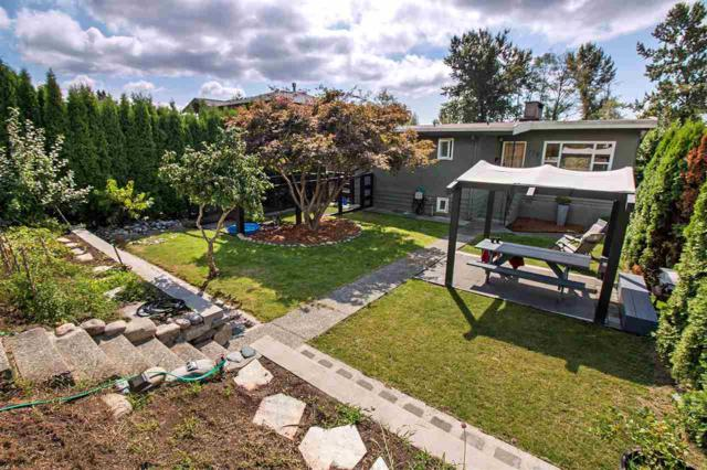 729 E 4Th Street, North Vancouver, BC V7L 1K1 (#R2198227) :: HomeLife Glenayre Realty