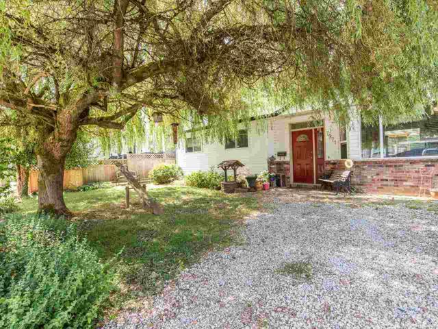 7971 112A Street, Delta, BC V4C 4Y4 (#R2198543) :: Vallee Real Estate Group