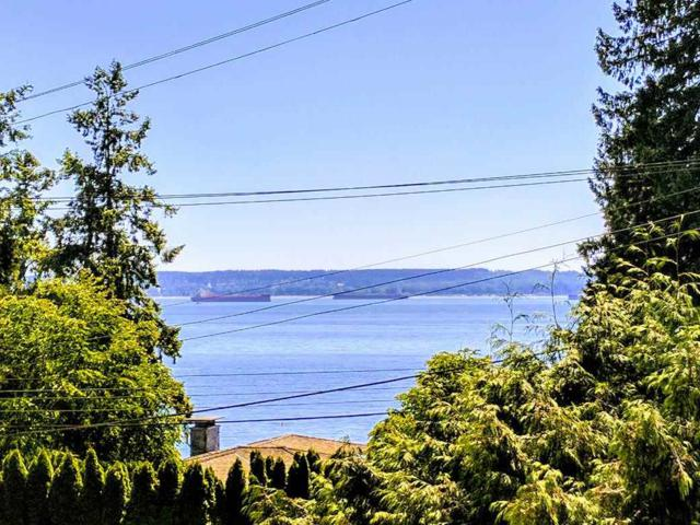3243 Travers Avenue, West Vancouver, BC V7T 1G5 (#R2199110) :: Vallee Real Estate Group