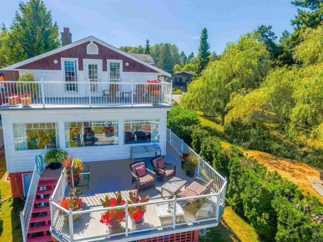 652 Bay Road, Gibsons, BC V0N 1V8 (#R2199450) :: Vallee Real Estate Group