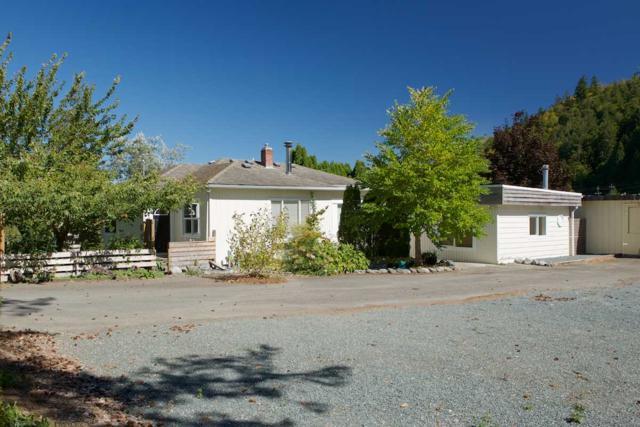 4176 Wilson Road, Yarrow, BC V2R 5H4 (#R2201960) :: HomeLife Glenayre Realty