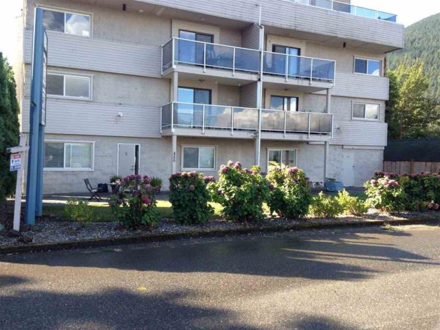 450 Esplanade Avenue #13, Harrison Hot Springs, BC V0M 1K0 (#R2207870) :: HomeLife Glenayre Realty