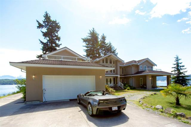 1574 Smith Road, Gibsons, BC V0N 1V0 (#R2230344) :: Linsey Hulls Real Estate