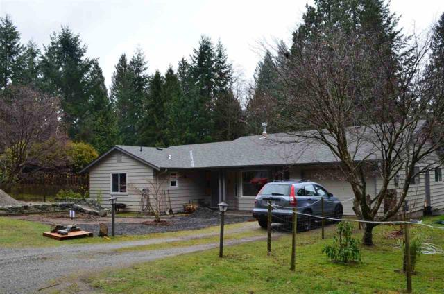 3385 Spruce Road, Roberts Creek, BC V0N 2W2 (#R2230741) :: Linsey Hulls Real Estate