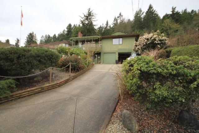 423-425 S Fletcher Road, Gibsons, BC V0N 1V0 (#R2231584) :: Linsey Hulls Real Estate