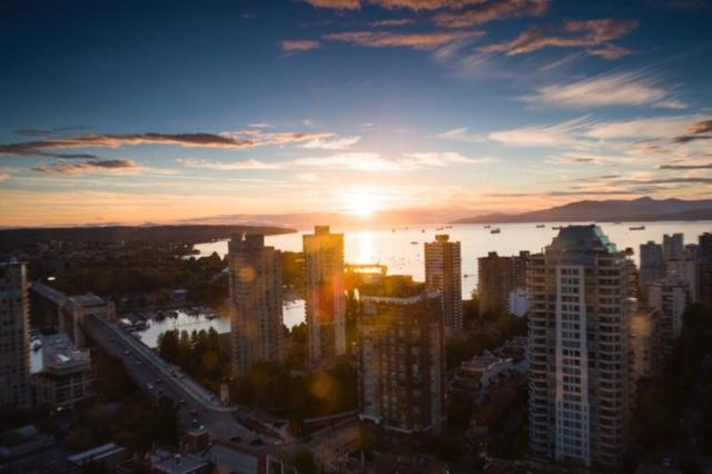 1308 Hornby Street #2808, Vancouver, BC V6Z 0C5 (#R2242070) :: Re/Max Select Realty