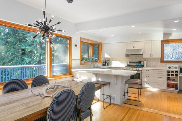 430 Macbeth Crescent, West Vancouver, BC V7T 1V7 (#R2244467) :: West One Real Estate Team