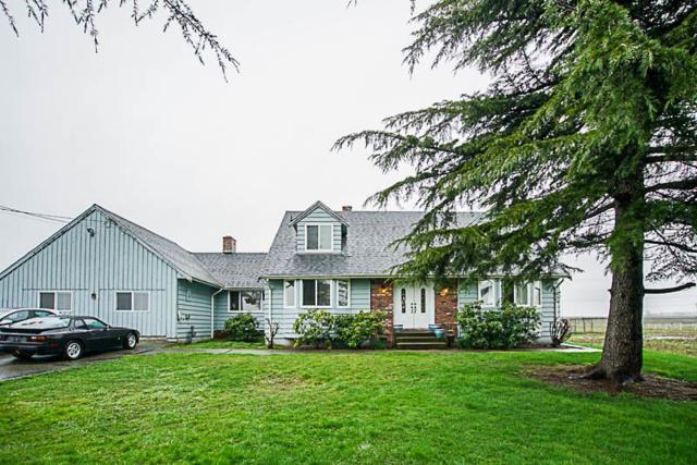 7021 Ladner Trunk Road, Ladner, BC V4K 3N3 (#R2251249) :: Vancouver House Finders