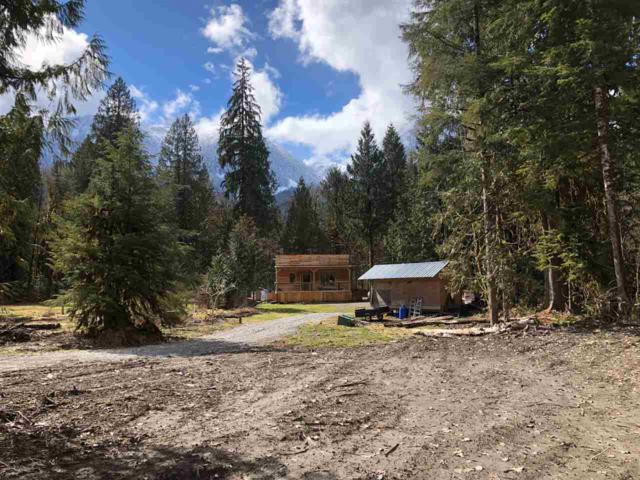 2200 Hensman Road, Squamish, BC V8B 0B6 (#R2251505) :: West One Real Estate Team