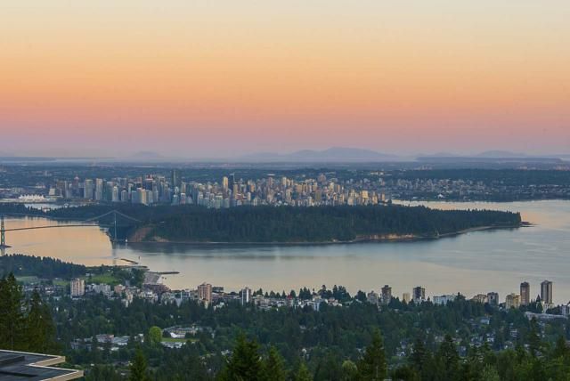 2245 Twin Creek Place #302, West Vancouver, BC V7S 3K4 (#R2252555) :: West One Real Estate Team