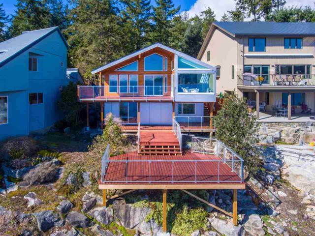 9281 Truman Road, Halfmoon Bay, BC V0N 1Y2 (#R2253047) :: Linsey Hulls Real Estate