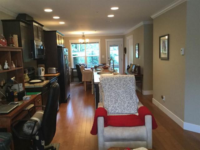 518 Shaw Road #107, Gibsons, BC V0N 1V8 (#R2257151) :: Linsey Hulls Real Estate