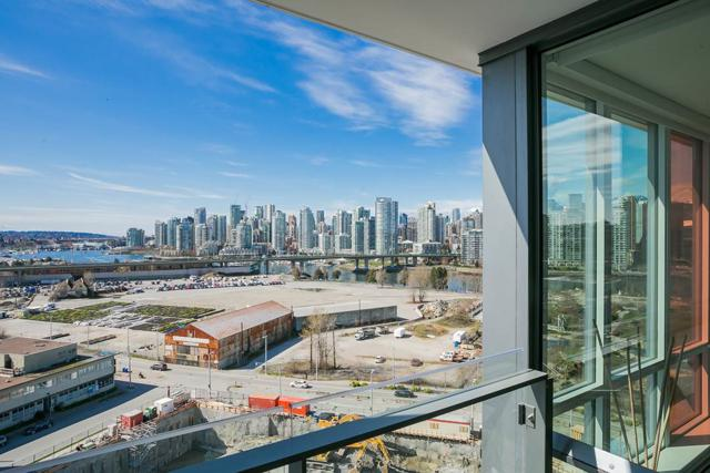 1788 Columbia Street #1001, Vancouver, BC V5Y 0L7 (#R2257847) :: West One Real Estate Team