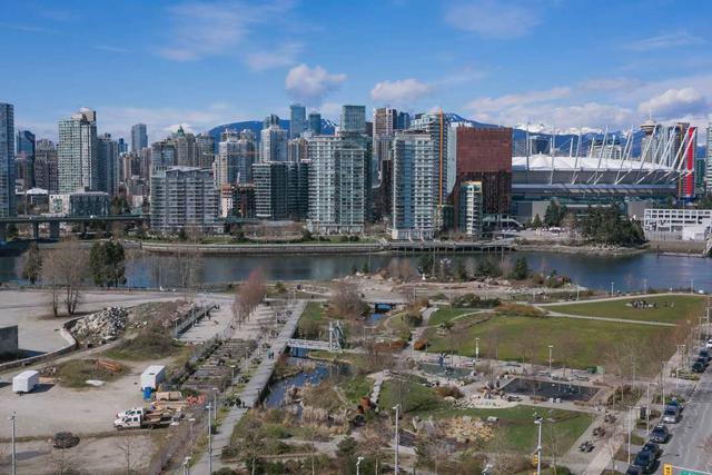 1788 Columbia Street #1509, Vancouver, BC V5Y 0L7 (#R2257848) :: West One Real Estate Team