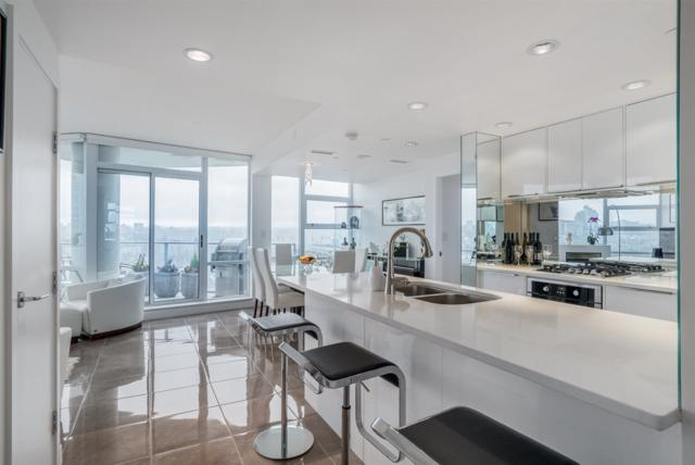 638 Beach Crescent #1702, Vancouver, BC V6Z 3H4 (#R2258910) :: West One Real Estate Team