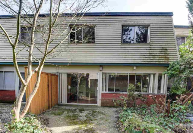 612 Westview Crescent, North Vancouver, BC V7N 3X1 (#R2258913) :: West One Real Estate Team