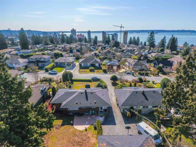 2261 Jefferson Avenue, West Vancouver, BC V7V 2A9 (#R2269213) :: Vancouver House Finders