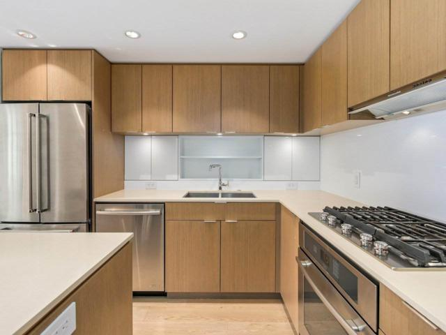 111 E 1ST Avenue #1509, Vancouver, BC V6A 0E9 (#R2271049) :: Re/Max Select Realty