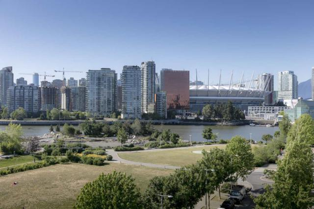 181 W 1ST Avenue #609, Vancouver, BC V5Y 0E3 (#R2271176) :: Re/Max Select Realty
