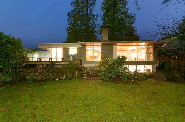 1255 Ridgewood Drive, North Vancouver, BC V7R 1J4 (#R2272629) :: Vancouver House Finders