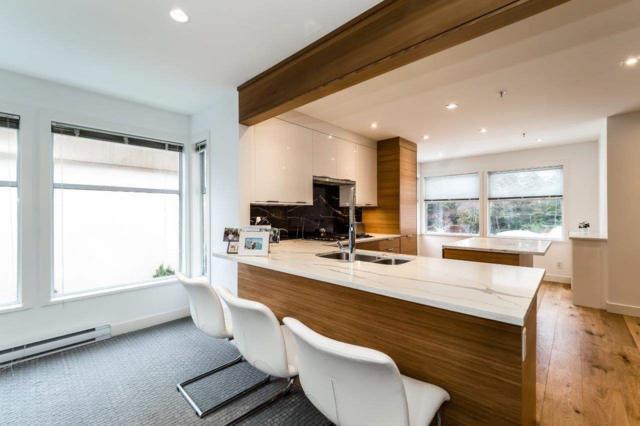 2425 Edgemont Boulevard #15, North Vancouver, BC V7P 2L2 (#R2272649) :: Vancouver House Finders