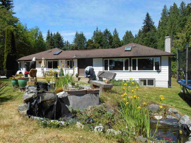 3656 Beach Avenue, Roberts Creek, BC V0N 2W2 (#R2273420) :: RE/MAX Oceanview Realty