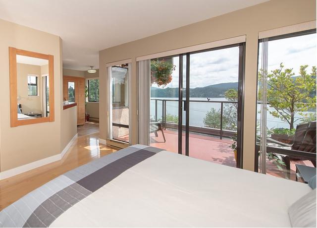 2609 Panorama Drive, North Vancouver, BC V7G 1V7 (#R2275357) :: Re/Max Select Realty